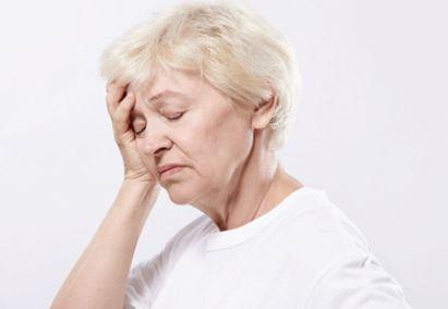 Шум в голове у пожилых людей, причины, лечение
